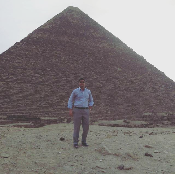 Jordan in front of Pyramids of Giza